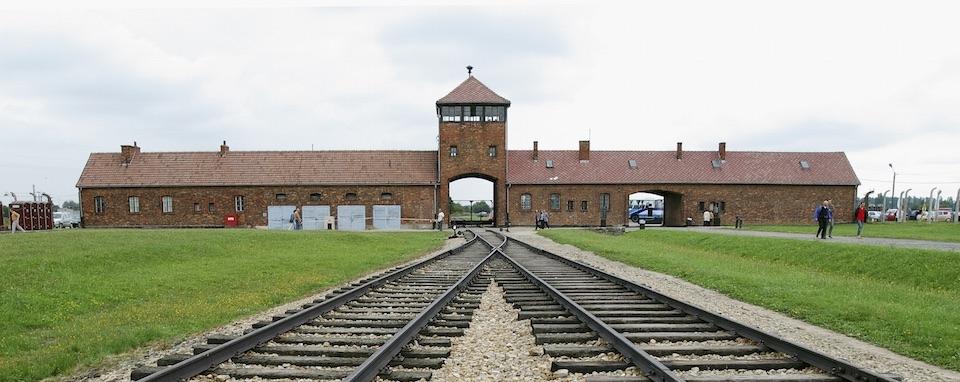 Auschwitz - szabadulószoba borzolja a kedélyeket Görögországban